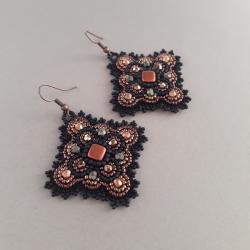 wiszące kolczyki,haft koralikowy, - Kolczyki - Biżuteria